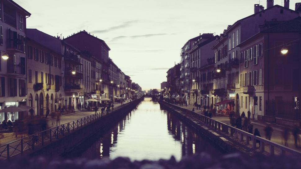 colorized-photos-photography-italy-milan-canal-city-night-1080P-wallpaper-middle-size